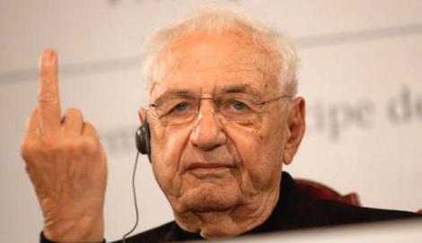 Frank Gehry responds to critics during a press conference in Oviedo, Spain Photo via: Faro de Vigo