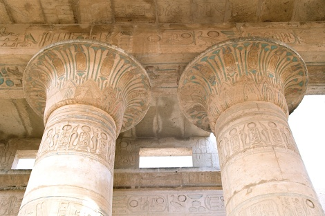 Decorations on column tops inside Ramesseum, part of the Theban Necropolis, Luxor, Egypt. Photo from Wikimedia.
